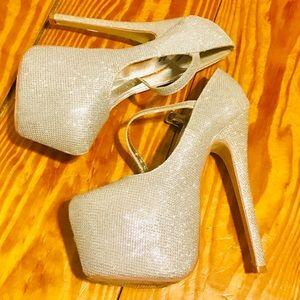 Shoes - Silver Glitter Platform Heels